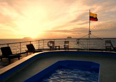 Basen na statku Galapagos Legend, rejs po Wyspach Galapagos, Ekwador