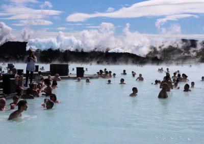 Lecznicze gorące źródła, kąpiel lecznicza Blue Lagoon, Islandia