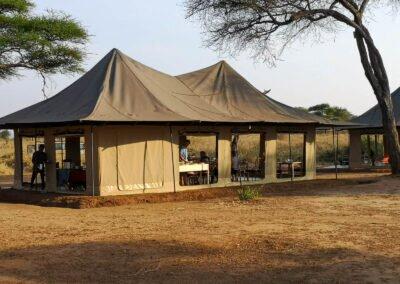 luksusowy namiot w Tanzanii